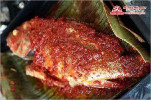 cá hồng chuối nướng