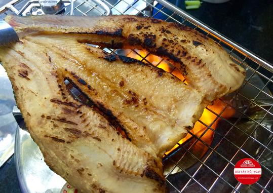 cá đù nướng